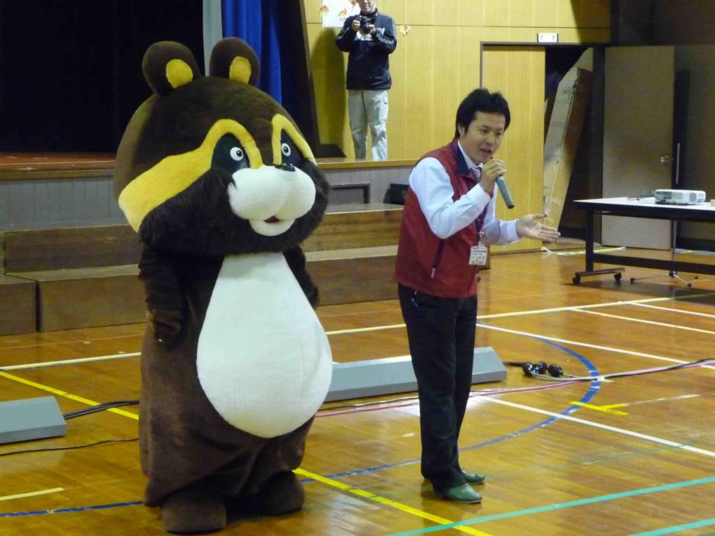 091120 里ノ助と小学校訪問写真